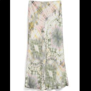 Tie dye silk like midi skirt size 6